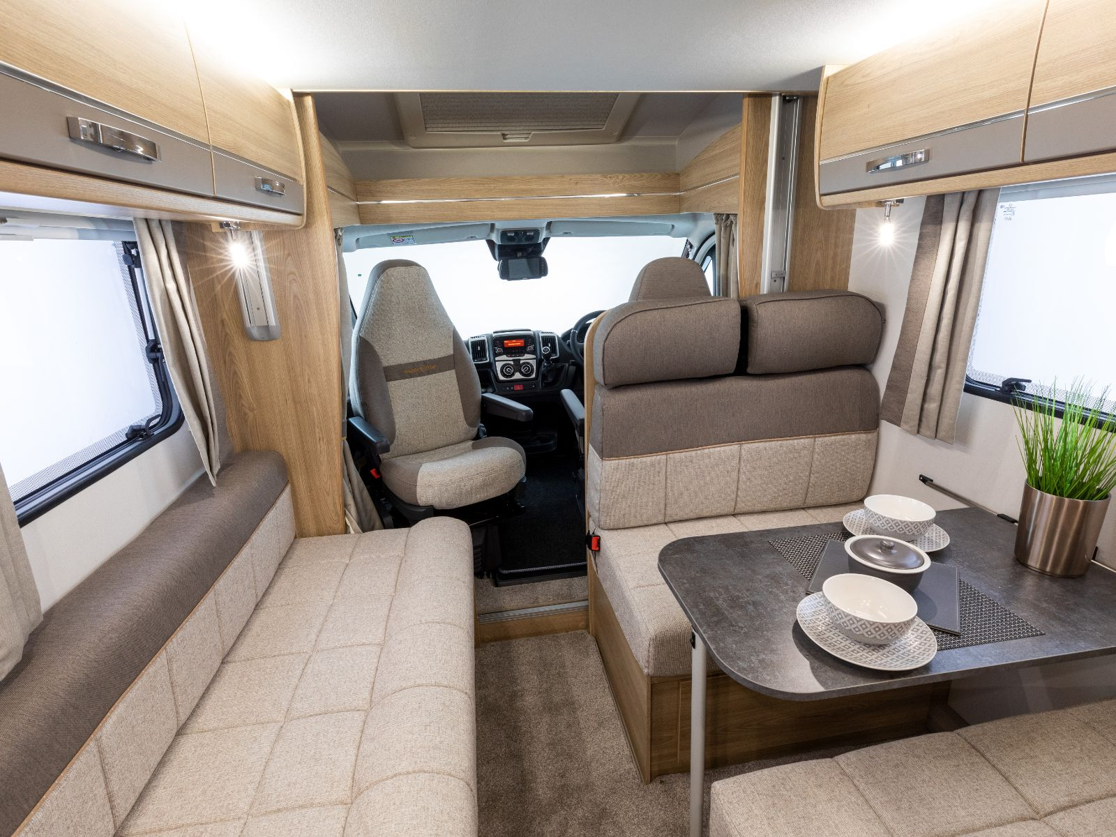 Supreme Motorhome Lounge and Dining Seating'