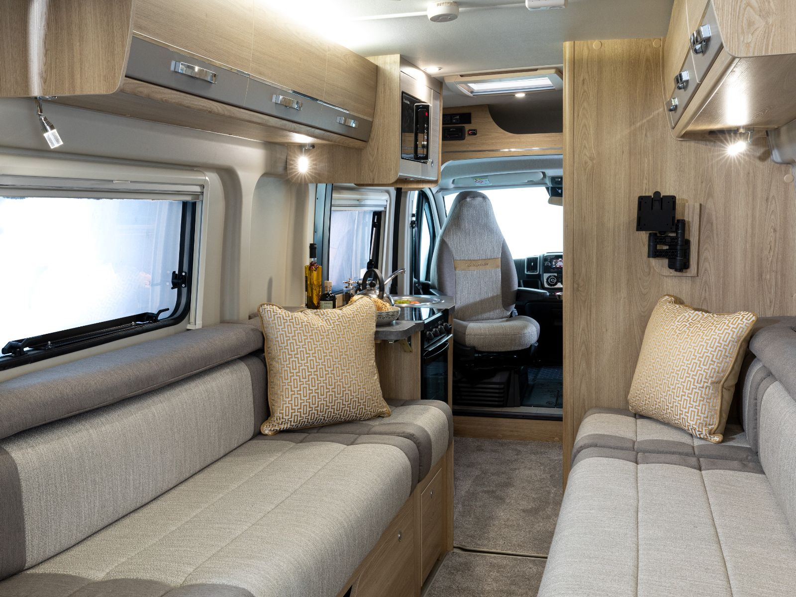 Evolution Campervan Lounge and Kitchen Layout'