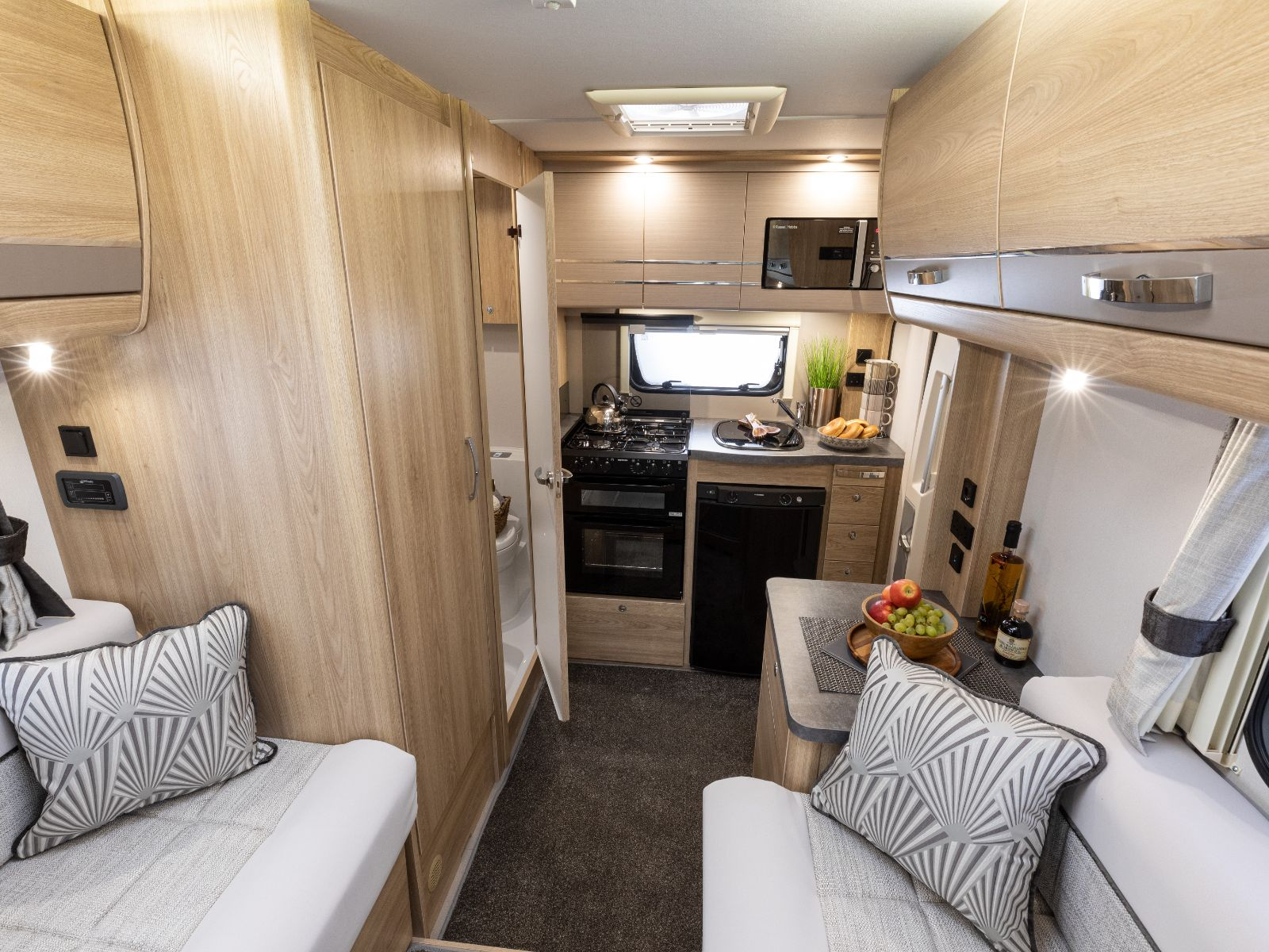 Magnum GT Motorhome Lounge and Kitchen Layout'