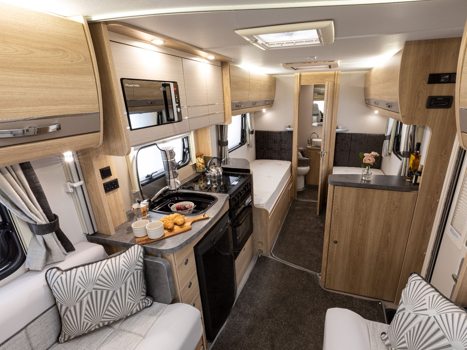 Magnum GT Motorhome Kitchen and Bedroom Layout'