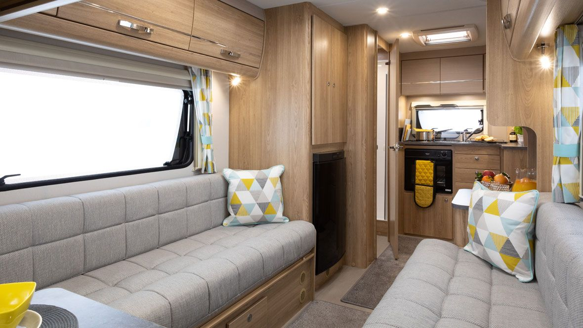 Xplore Caravans Lounge and Kitchen Layout